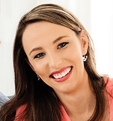 Dr Anecia Vosloo, Speciality: General Medicine, Aesthetic medicine
